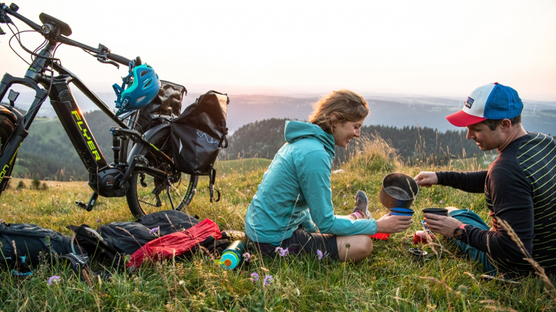 Kleine Fluchten mit dem                         E-Bike statt große Ferien