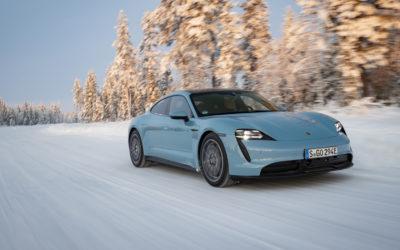 Mit dem Porsche Taycan durch Eis und Schnee