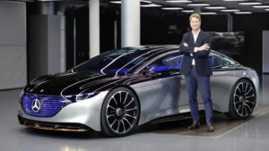 Ola Källenius, Vorstandsvorsitzender Daimler AG und Leiter Mercedes-Benz Cars vor dem Mercedes-Benz VISION EQS, IAA 2019