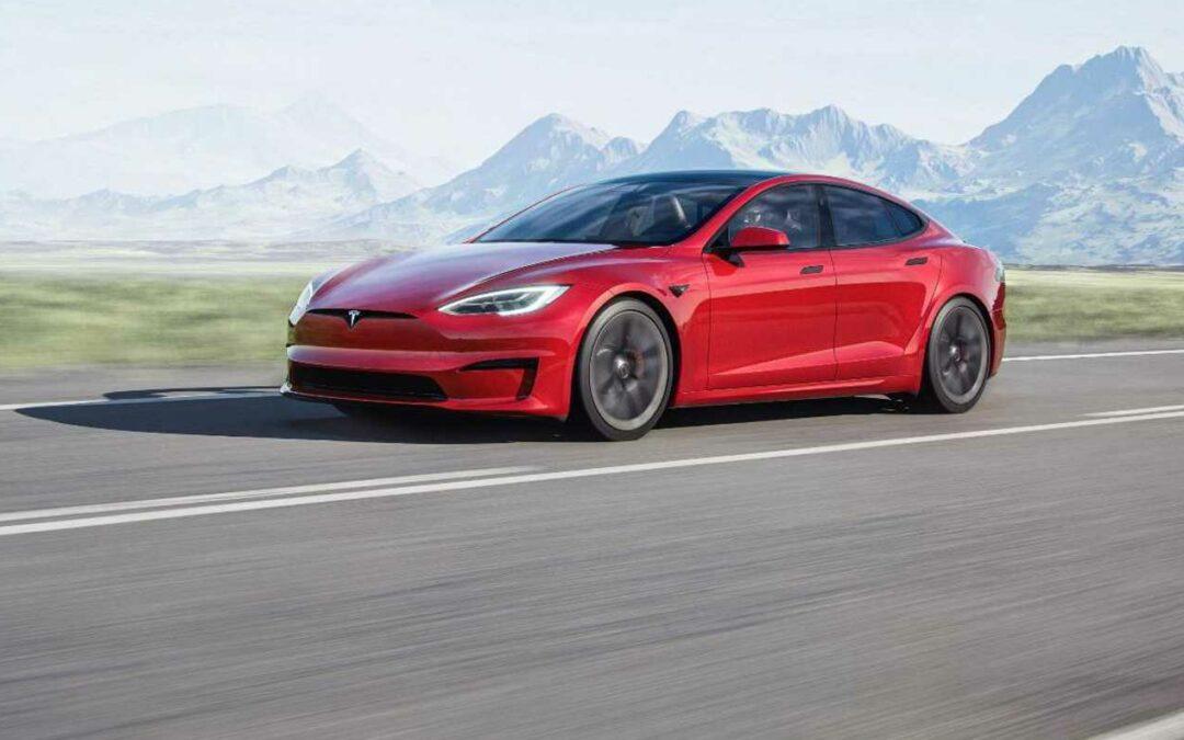 Tesla Model S mit 1100 PS für 840 Kilometer Reichweite