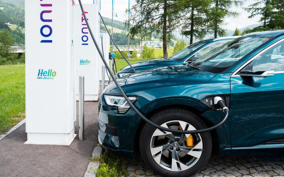 Audi eifert Tesla nach – und gibt dem e-tron volle Ladung