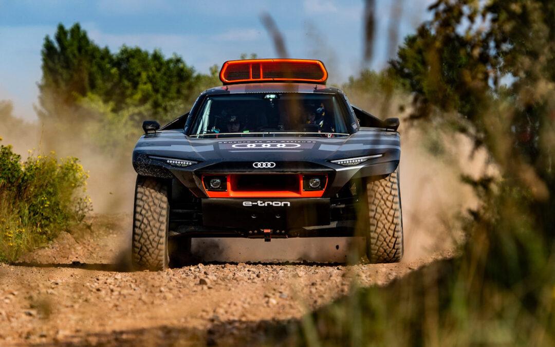 Audi RS Q E-tron: Ab in die Wüste
