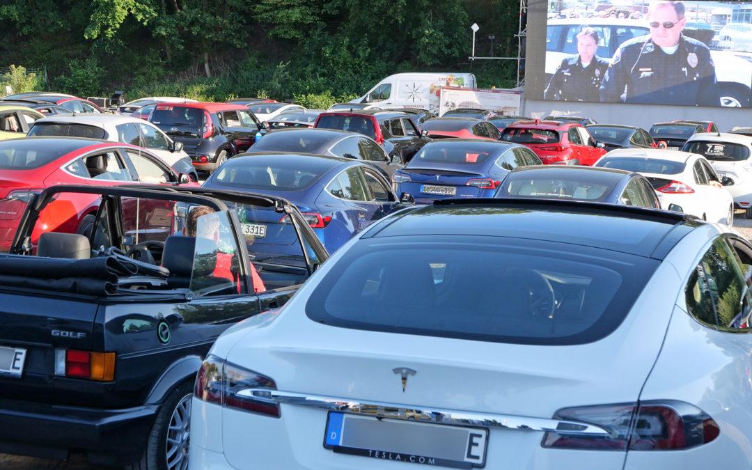 Ein Autokino am Ladepark exklusiv für Elektroautos