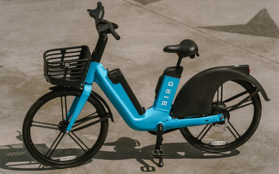 Bird bietet neben E-Scootern künftig auch E-Bikes an