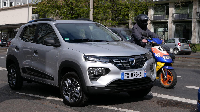 Dacia-Spring-Electric-f-r-eine-elektromobile-Grundversorgung