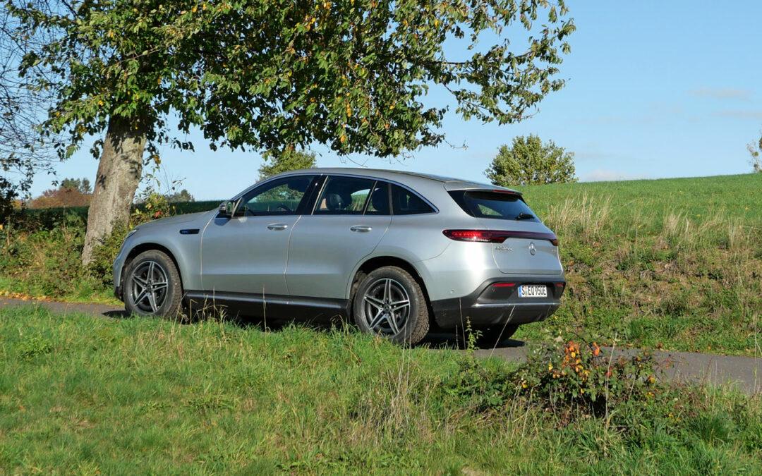 Mercedes EQC 400 4matic: Landedelmann mit Handicap