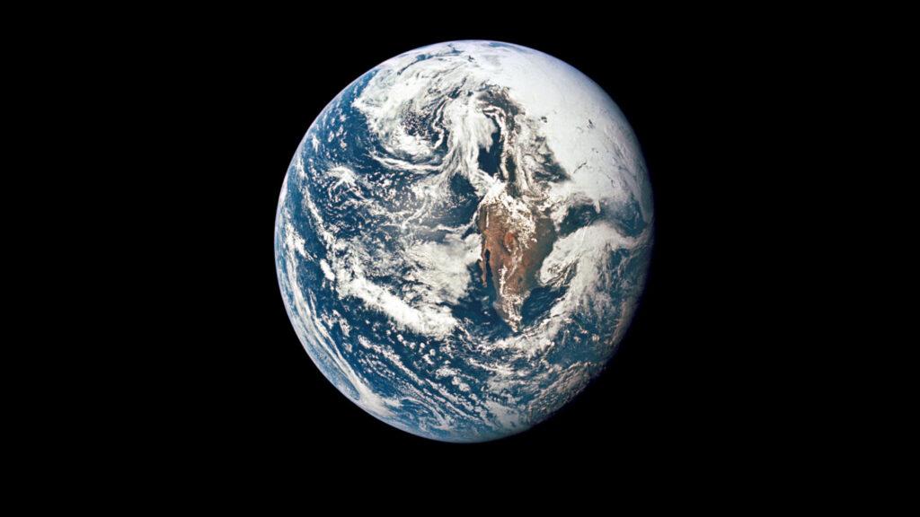 Blick auf die Erde während einer Apollo-Mission der NASA