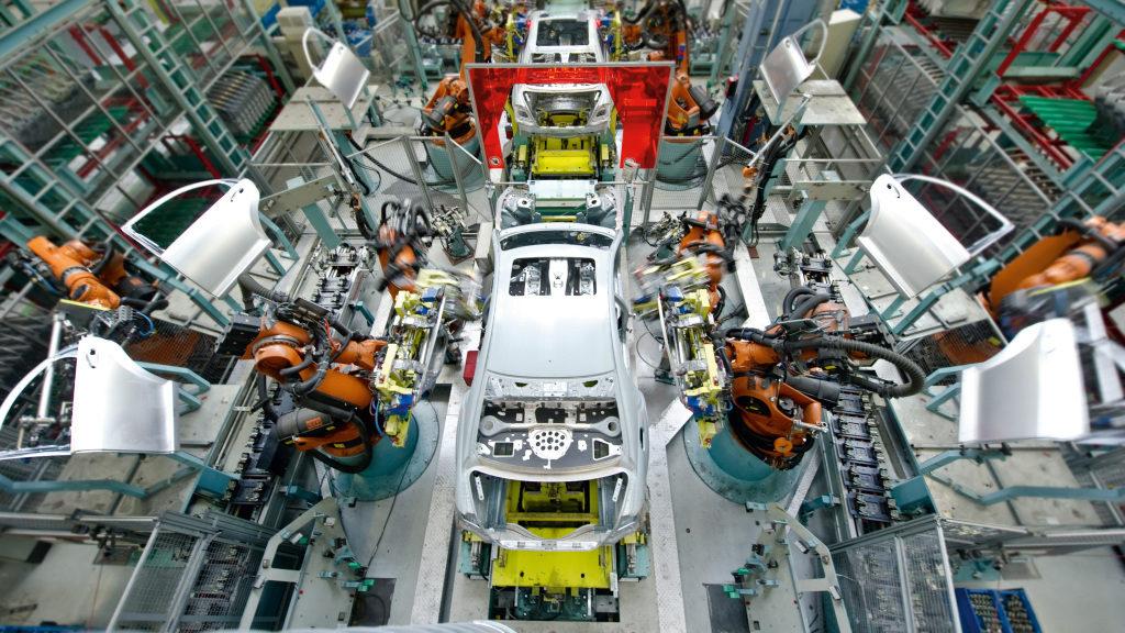Karosseriebau im Mercedes-Werk Sindelfingen