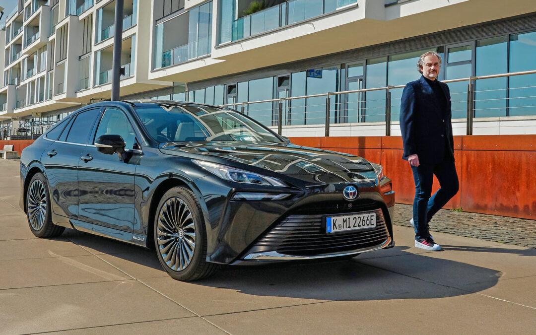 Toyota will offene Debatte über  Brennstoffzellenautos