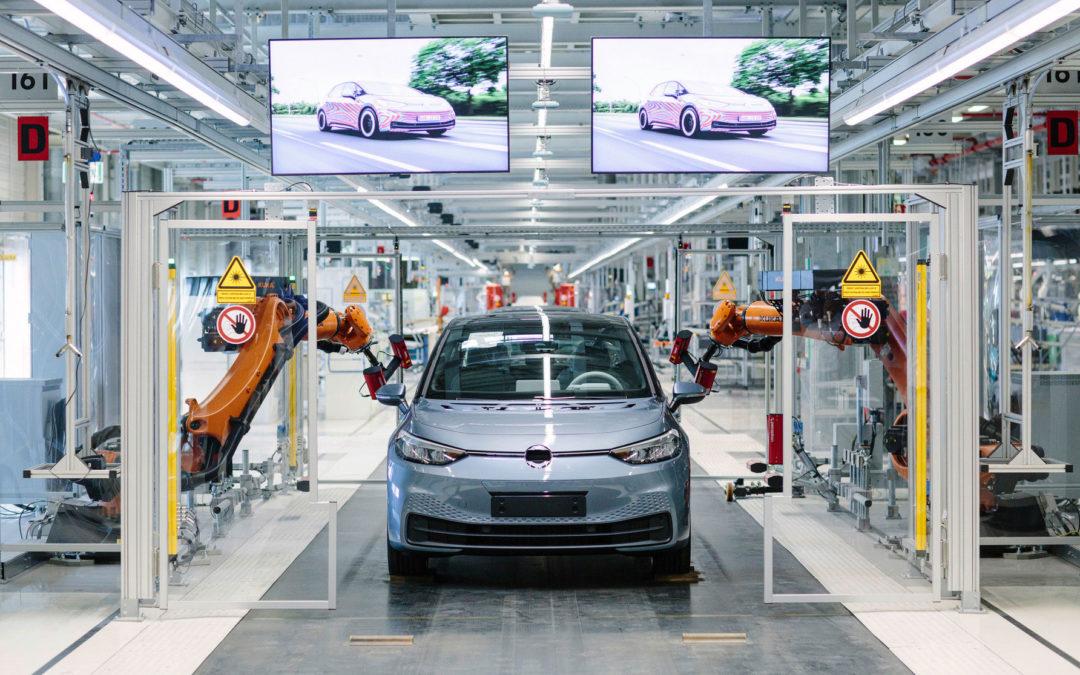Klimabilanz der E-Autos besser als der Verbrenner