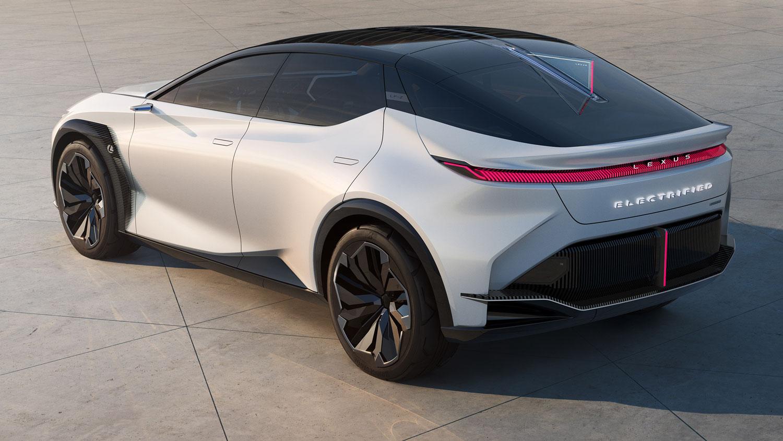 Lexus-wirft-Lenkstange-aus-dem-Elektroauto