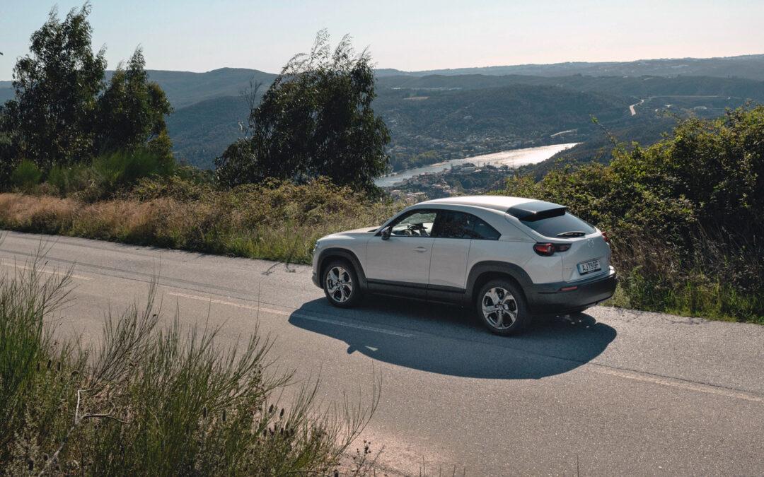 Mazda punktet mit Kork statt Kilowattstunden