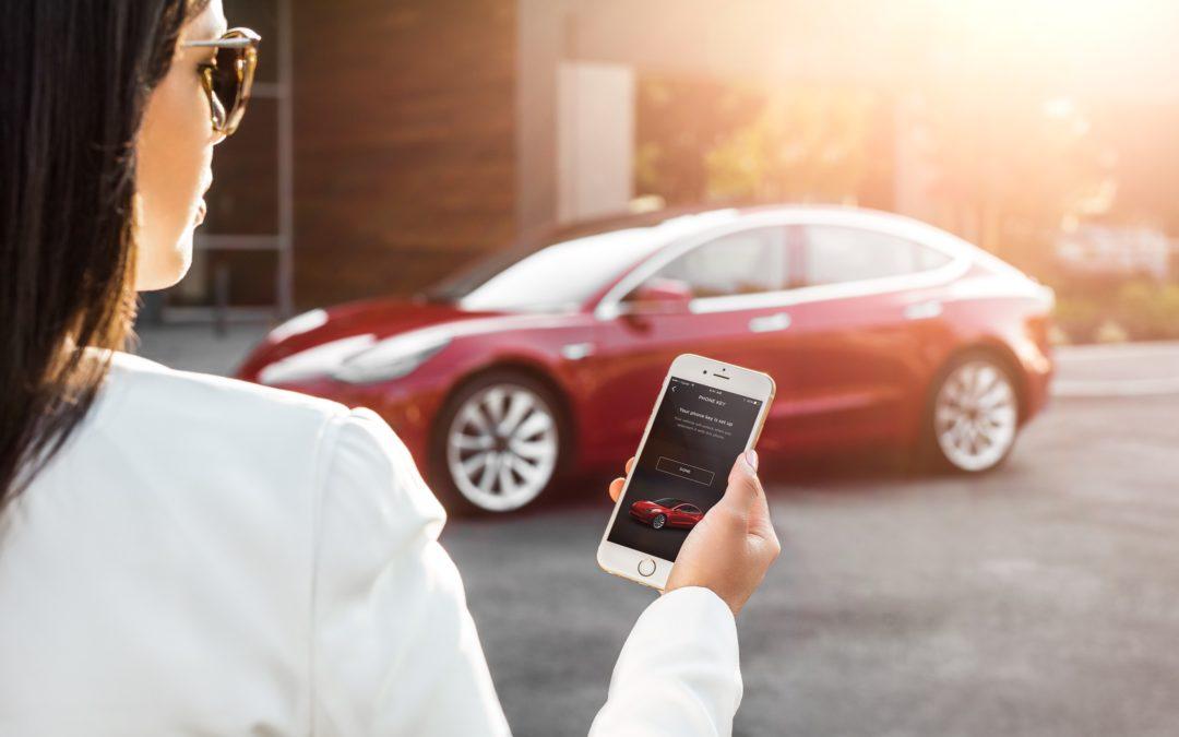 RobinTV E-News: Tesla will noch dieses Jahr Robotertaxis bringen