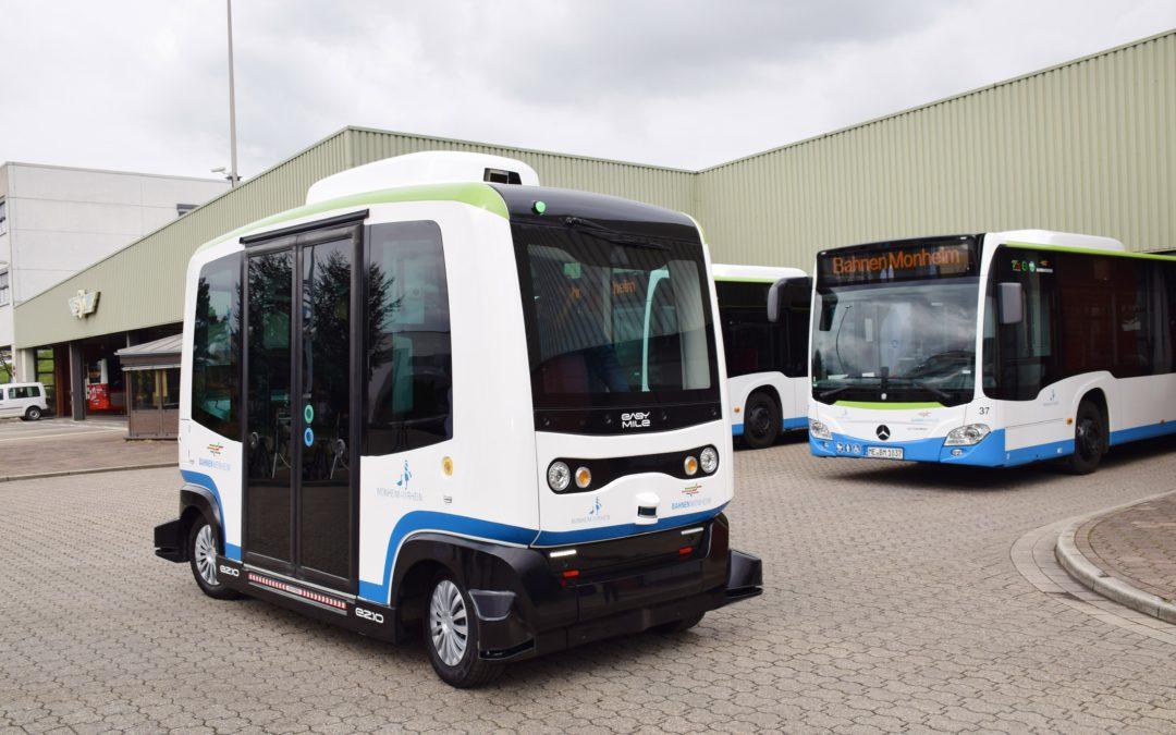 Monheim testet Robo-Busse im Linienverkehr