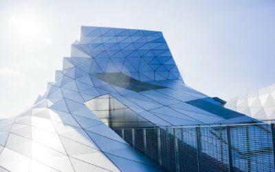 Gebäudeintegrierte Photovoltaik für heiße Tage