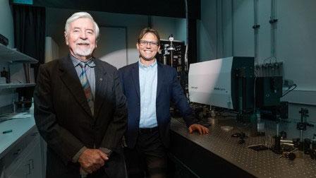 Heinrich Hora und Warren McKenzie