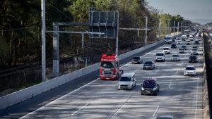 Scania-Oberleitungs-Lkw auf der hessischen E-Highway Teststrecke