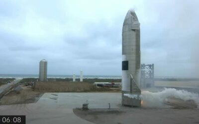 SpaceX-Sternenschiff landet sicher beim vierten Versuch