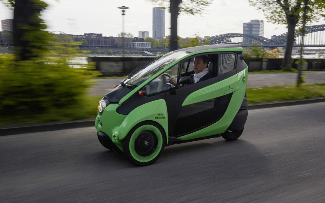 Toyota i-Road: Wie viel Auto braucht der Mensch?