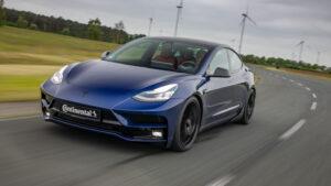 Tesla Model 3 von StarTech
