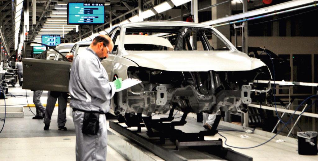 Pkw-Produktion im VW-Werk Chattanooga: Künftig sollen in Tennessee auch Batterien montiert werden. Foto: Volkswagen