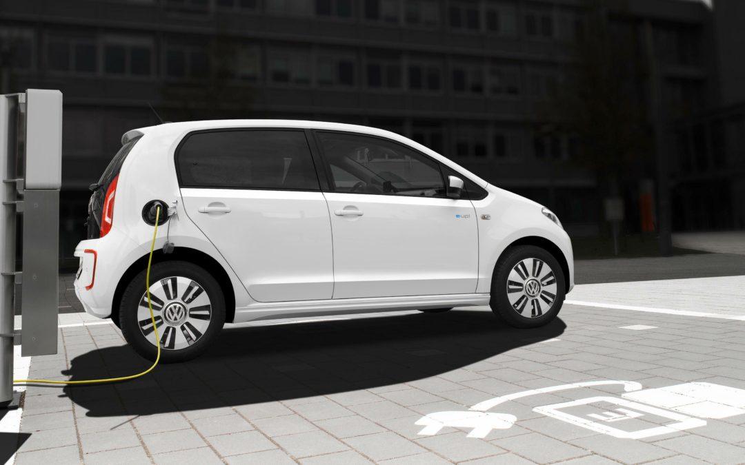 RobinTV E-News: VW arbeitet an günstigen Elektroautos für weniger als 20.000 Euro