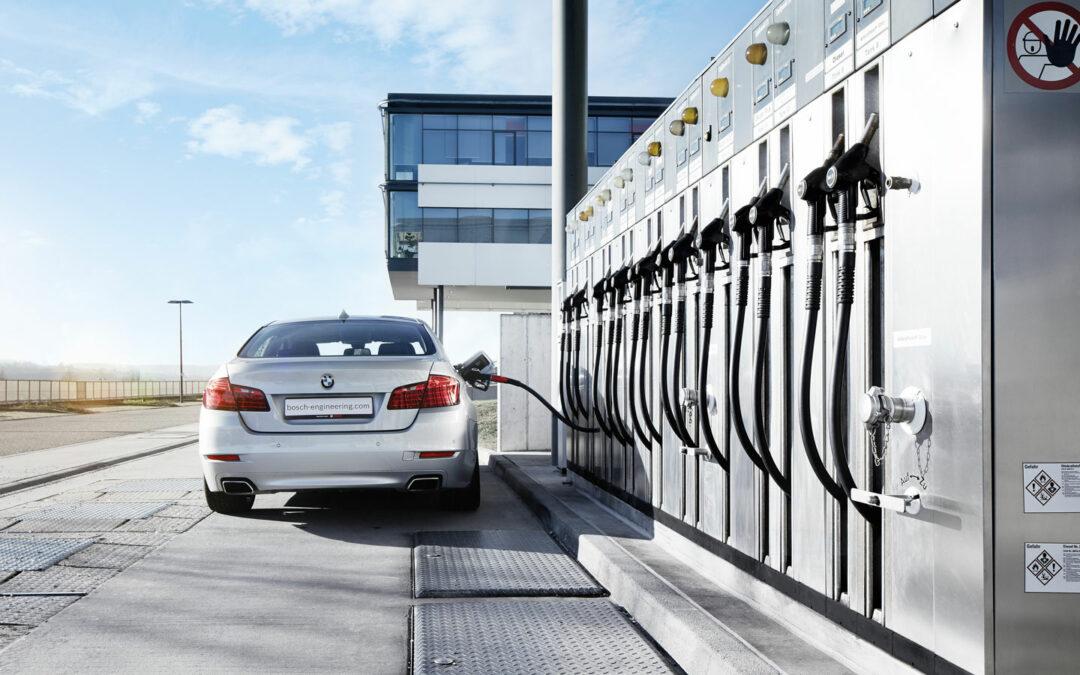 Neue Studie: Besser Synfuels statt Elektroautos
