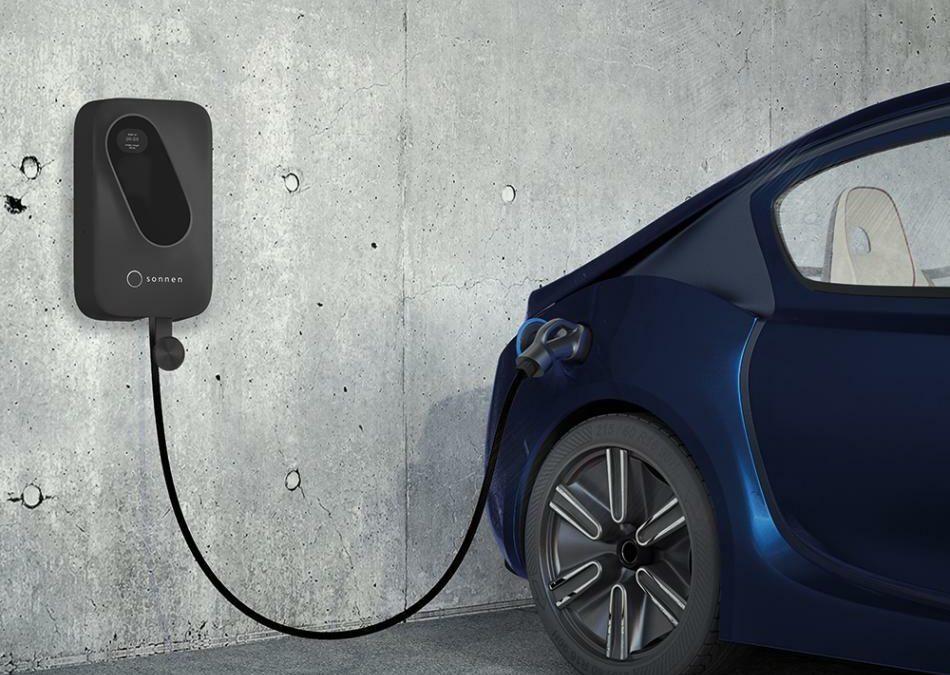 Netzbelastung durch E-Autos: Sonnen setzt auf smarte Lader und virtuelles Kraftwerk