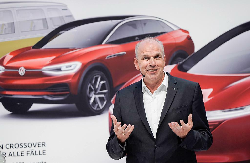 """VW-Vorstand Stackmann: """"Wir werden den E-Weg konsequent gehen"""""""