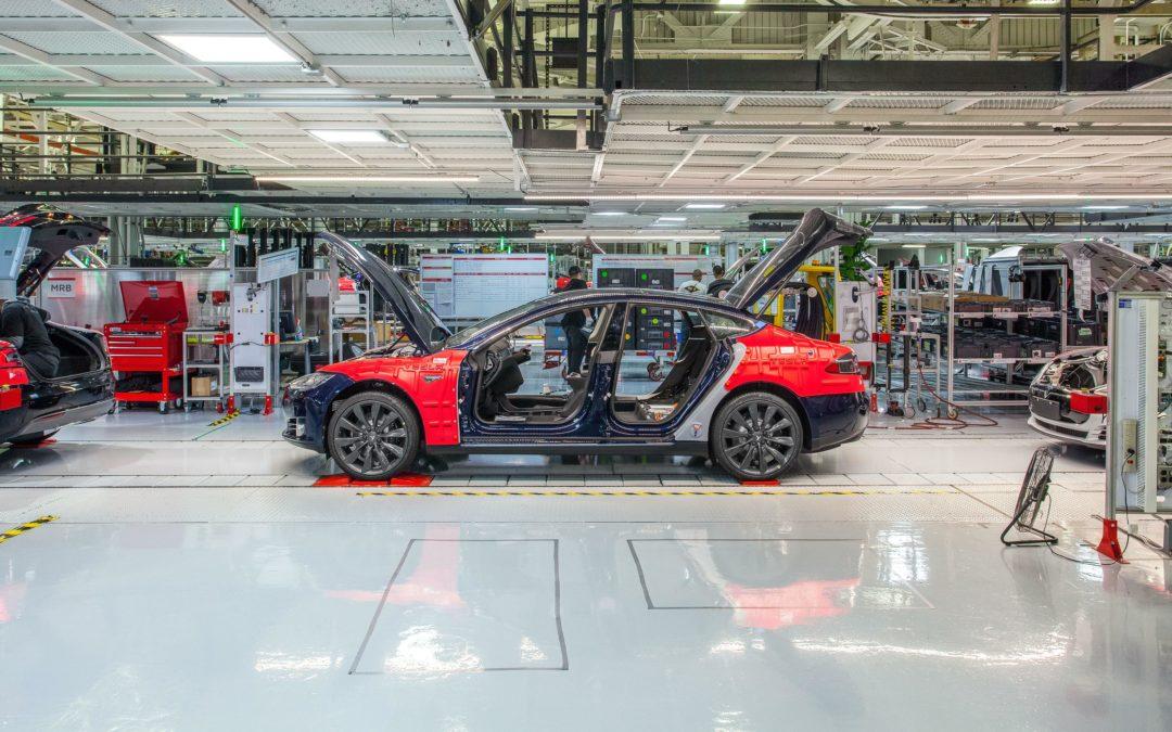 Tesla Model 3: Erst Stop, dann Rund-um-die-Uhr-Produktion