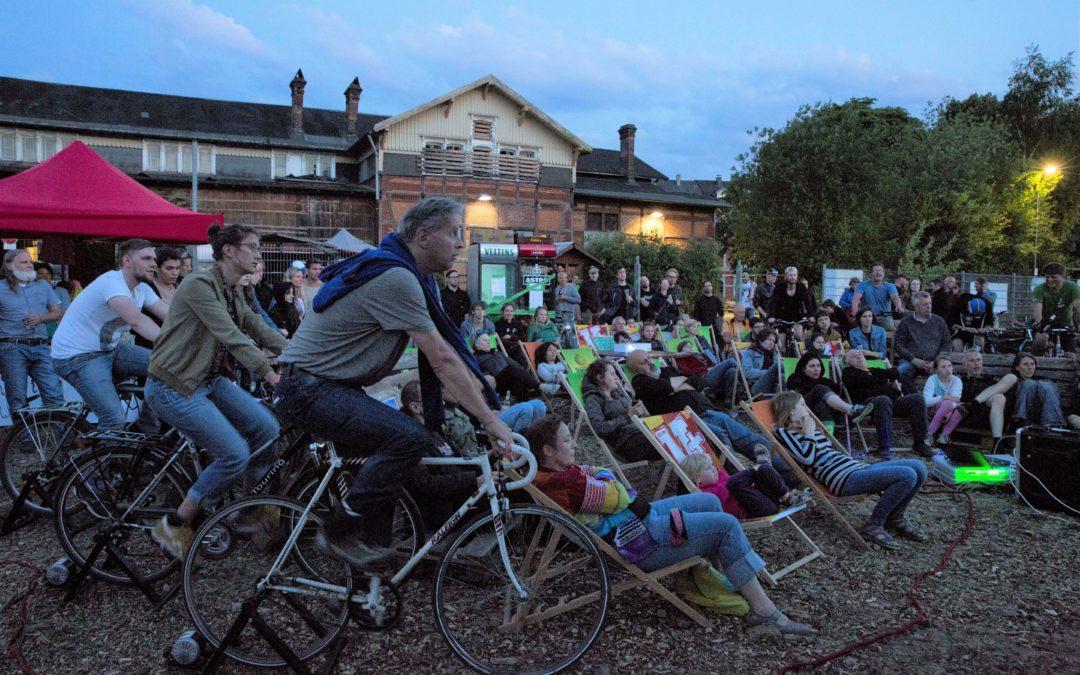 Fahrrad-Kino: Strampeln für den Filmabend