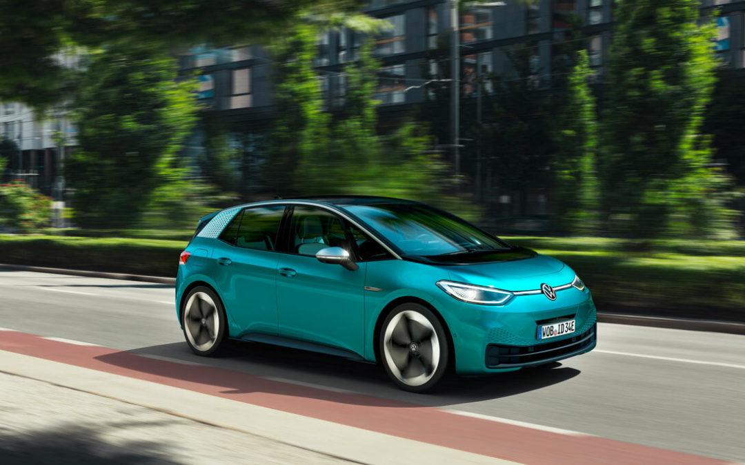 VW startet Aufholjagd, Hannover kommt in Fahrt