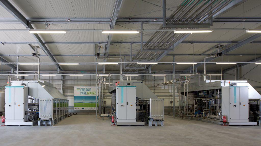 Weltgrößtes Elektrolysesystem seiner Art in Mainz / World's largest electrolysis system of its kind in Mainz, Germany