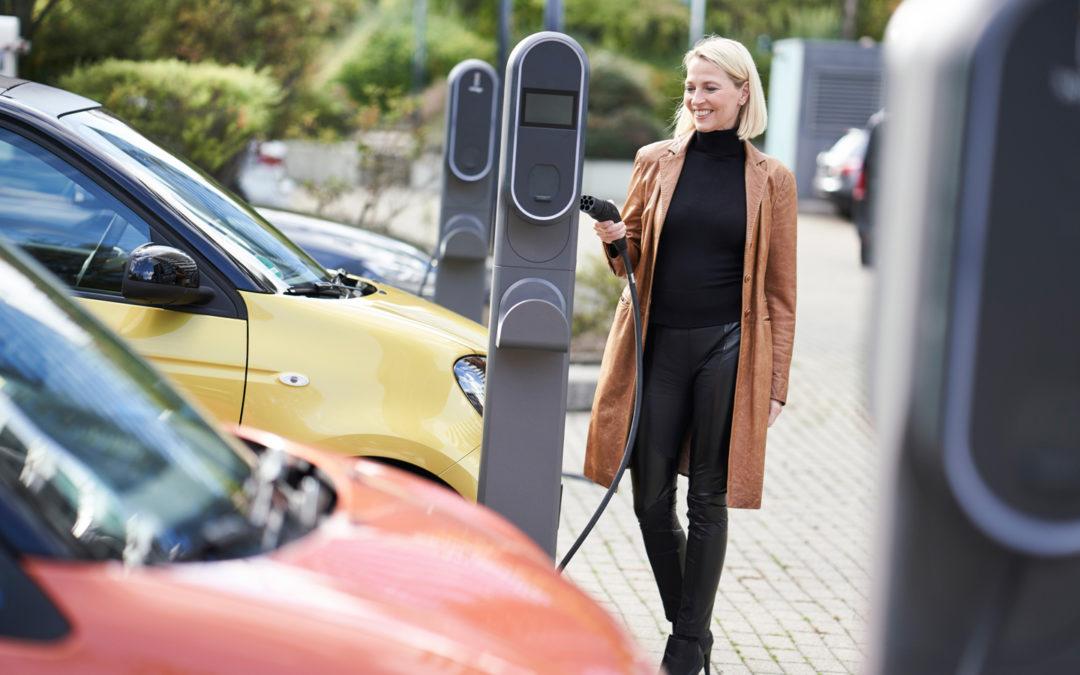 Zahl der Ladestromtarife für Elektroautos wächst enorm