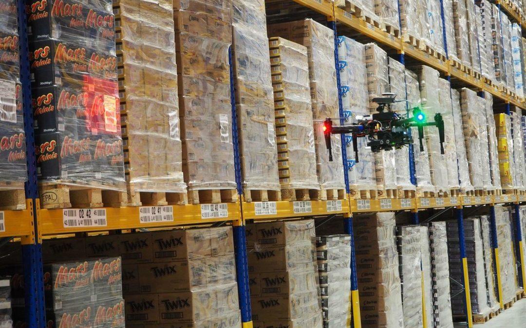 Fliegende Lagerarbeiter: Inventur via Drohne