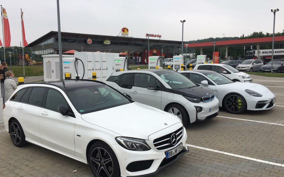 Strompreise für E-Autos: Was darf die Ladung kosten?