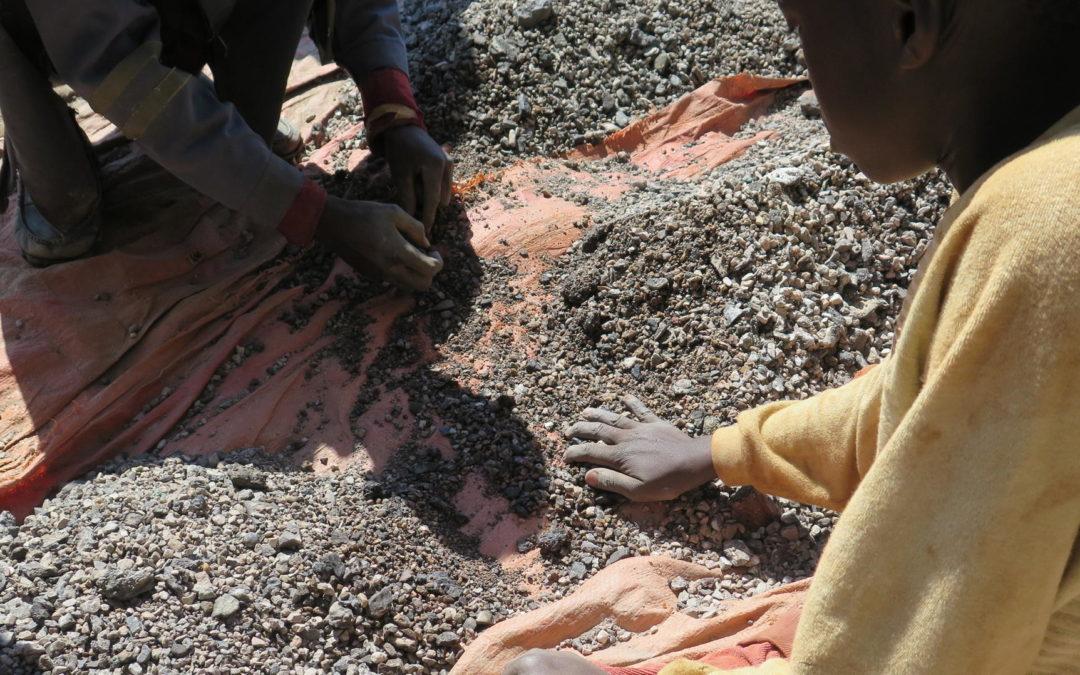 Kinderarbeit in Minen: Weniger E-Autos sind auch keine Lösung