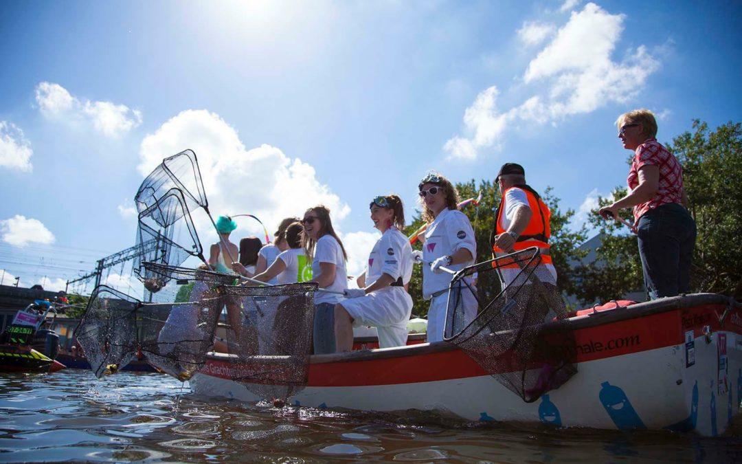 Die Plastikfischer von Amsterdam