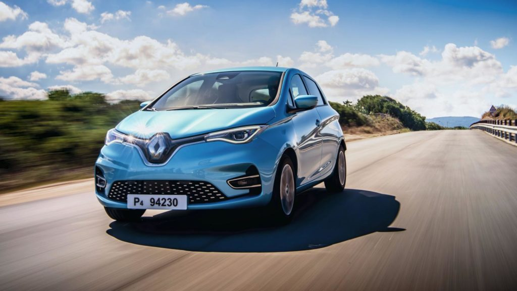 Renault Zoe auf Landstraße