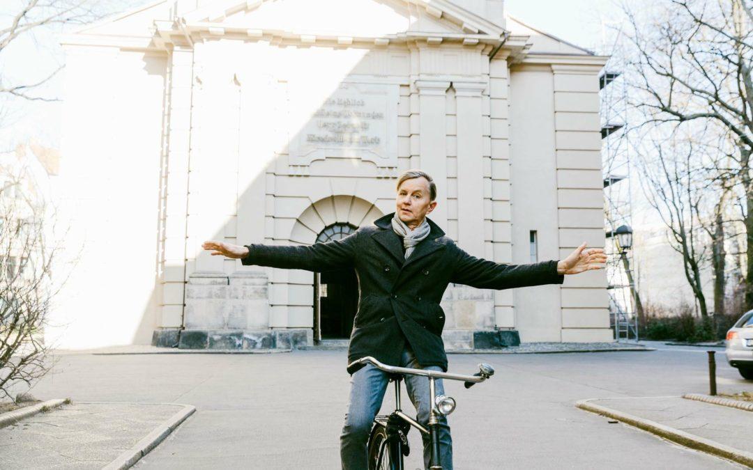 """Sänger Max Raabe: """"Fahr doch mit dem Rad"""""""