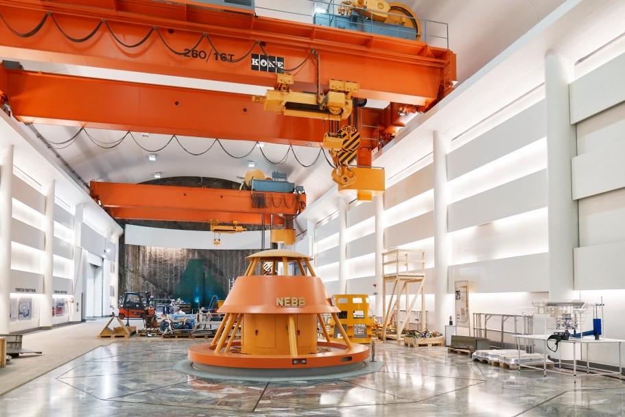Blick ins Wasserkraftwerk Sira-Kvina in Norwegen Die konisch zulaufenden Generatoren produzieren den Strom für Deutschland. Foto: Voith