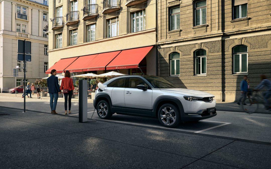 Mazda entdeckt das Elektroauto