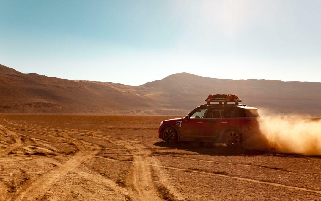 Mini Countryman: Mit dem Hybrid-Cooper durch die Wüste