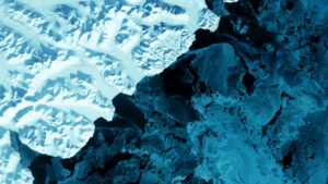 KLimawandel: Blick auf einen Gletscher im Polarkreis