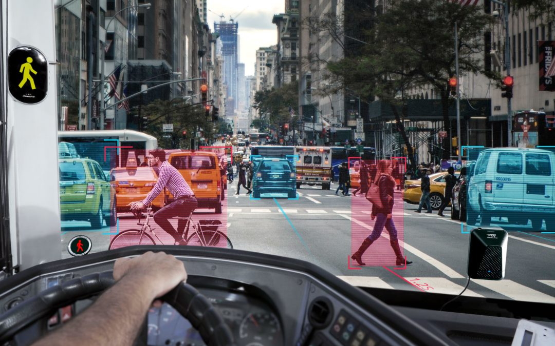 Mobileye und Co: Smarte Fahrhilfen machen Abbiegen sicherer